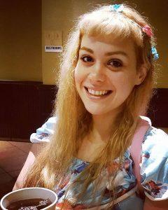 Amber đã lột xác và trở nên vô cùng xinh đẹp
