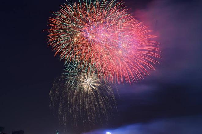 Pháo hoa giao thừa, chúc mừng năm mới 2018, năm mới