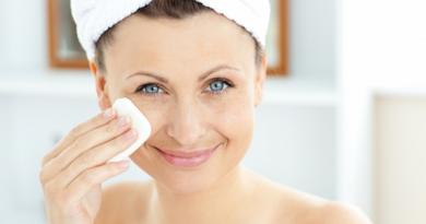 Chăm sóc da vào ban đêm giúp da luôn khỏe mạnh, trắng sáng