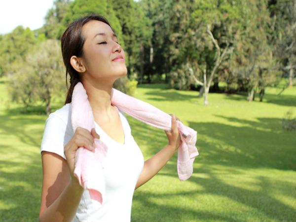 Ngăn ngừa bệnh ung thư vú bằng cách tiếp xúc với ánh nắng mặt trời