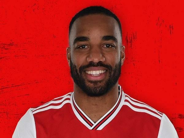 Arsenal nhận tin vui từ Lacazette trước thềm đại chiến