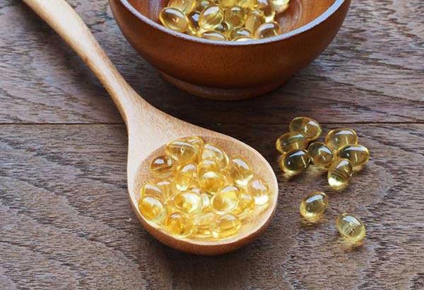 Vitamin E giúp làm mờ các vết thâm nhanh chóng