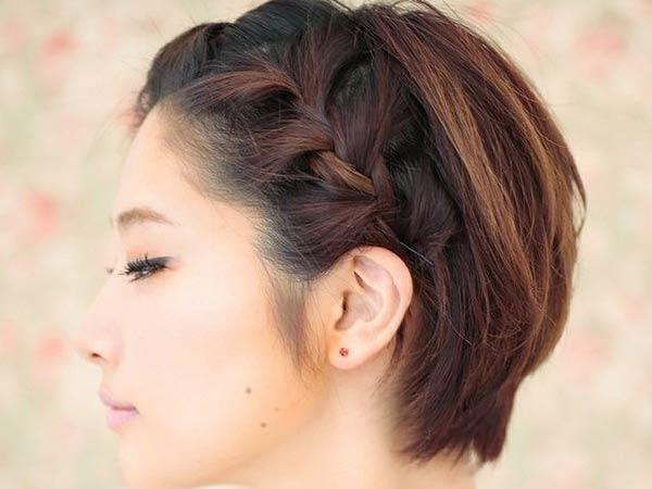 Tết tóc một bên thể hiện cá tính riêng