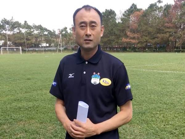 Bóng đá Việt Nam sáng 28/9: HAGL bổ nhiệm 2 HLV trưởng thay ông Lee Tae Hoon