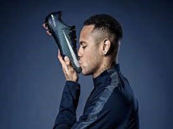 Neymar chấm dứt hợp đồng với Nike, có 'bến đỗ' mới