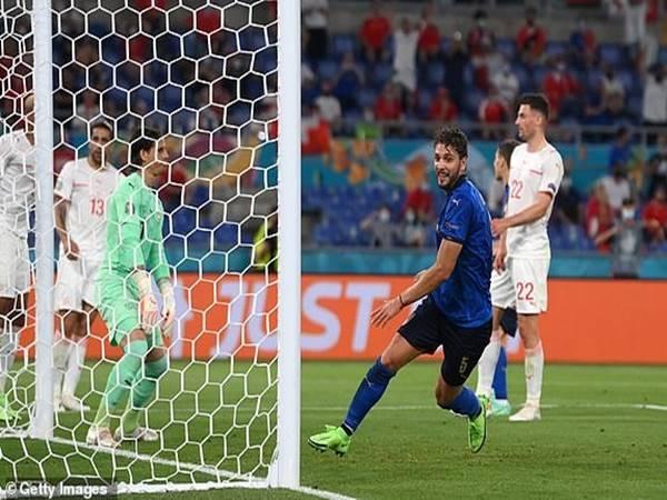 Tin bóng đá sáng 17/6: Ý trở thành đội đầu tiên đi tiếp ở EURO 2021