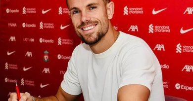 """Chuyển nhượng BĐ Anh 1/9: Liverpool """"trói chân"""" Jordan Henderson"""