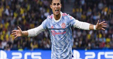 Tin bóng đá chiều 15/9: Ronaldo cân bằng 2 kỷ lục trong trận